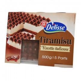 Tiramisu – Deser z kremem na bazie serka Mascarpone, posypany kakao, na biszkoptach nasączonych sosem kawowym.