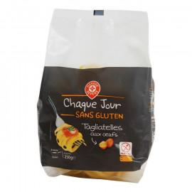 Tagliatelle – makaron na bazie skrobi, jaj i mąki kukurydzianej, bezglutenowy.