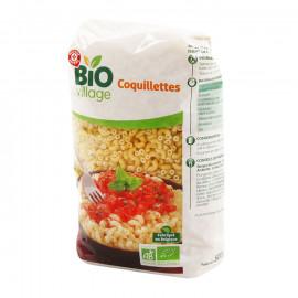 Ekologiczny makaron kolanka. Produkt rolnictwa ekologicznego.