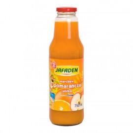 Napój przecierowy z marchwi, pomarańczy i jabłek. Wzbogacony witaminą c, słodzony, pasteryzowany.