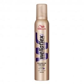 Wella Wellaflex Objętość dla cienkich włosów Maksymalnie utrwalająca pianka do włosów 200 ml