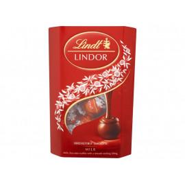Lindt Lindor Milk Pralinki z czekolady mlecznej z nadzieniem 200 g