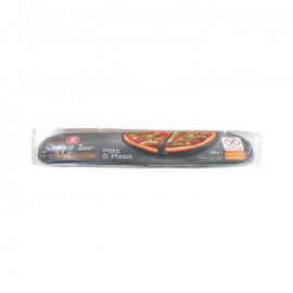 Ciasto na pizzę, zwinięte na papierze do pieczenia, bezglutenowe. Pakowano w atmosferze ochronnej. Produkt bezglutenowy zarejest